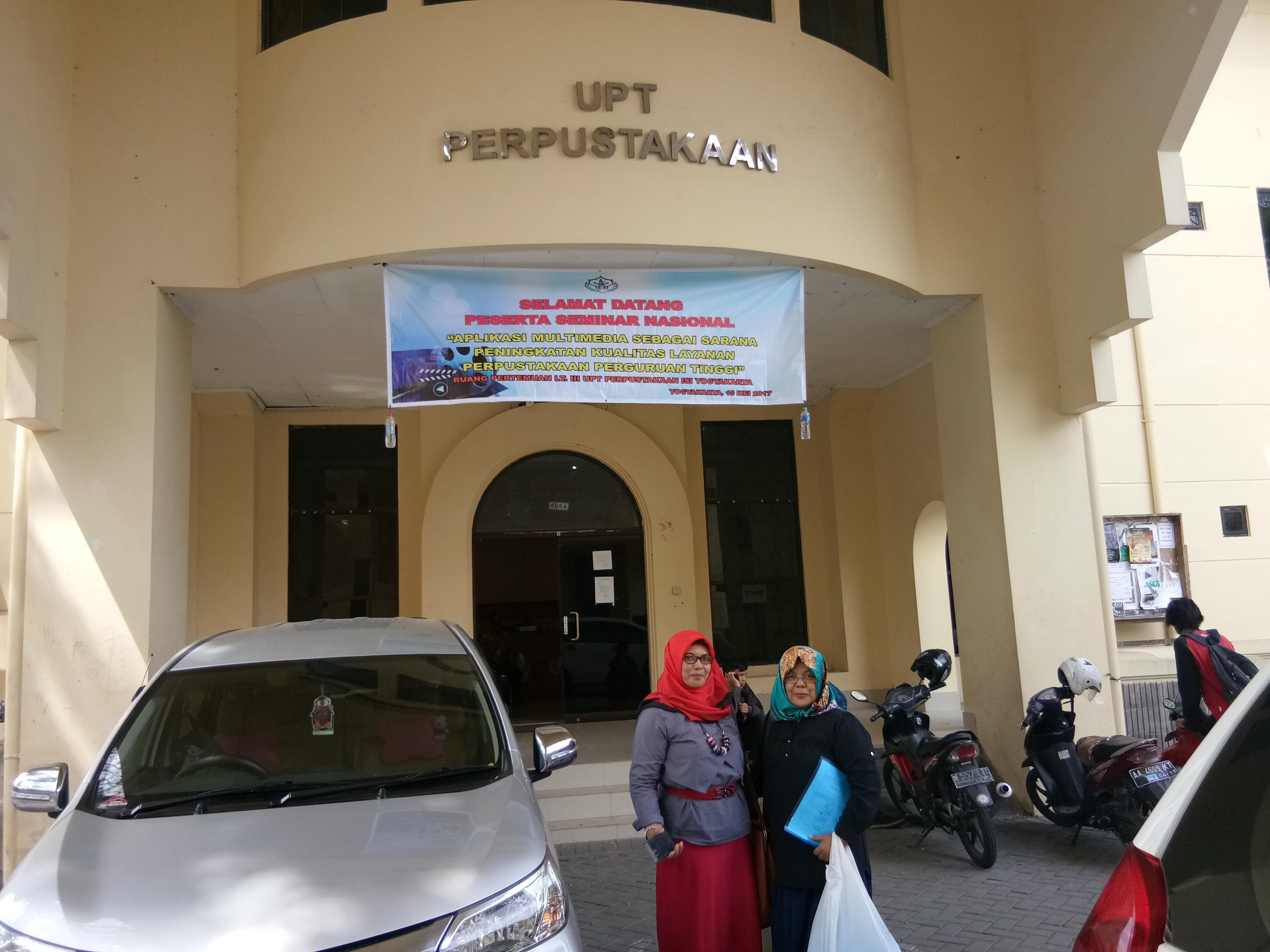 """Seminar Nasional  """"Aplikasi Multimedia sebagai Sarana Peningkatan Kualitas Layanan Perguruan Tinggi"""""""