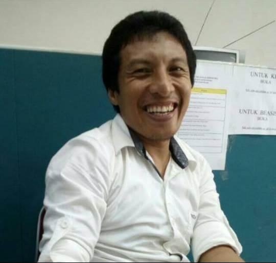 Touku Umar, S.IP., M.IP